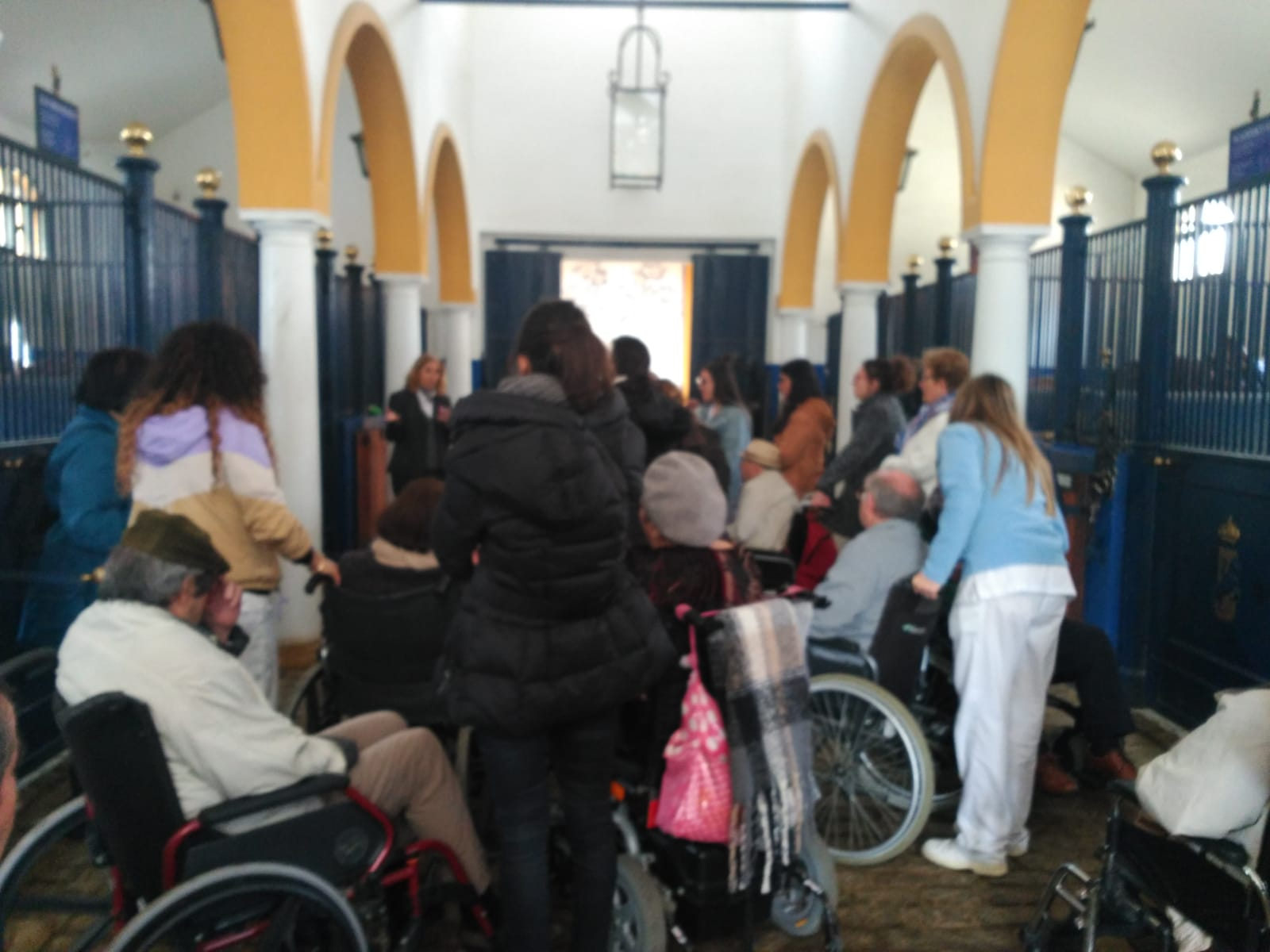 foto excursion real escuela  andaluza 1 (1).jpg