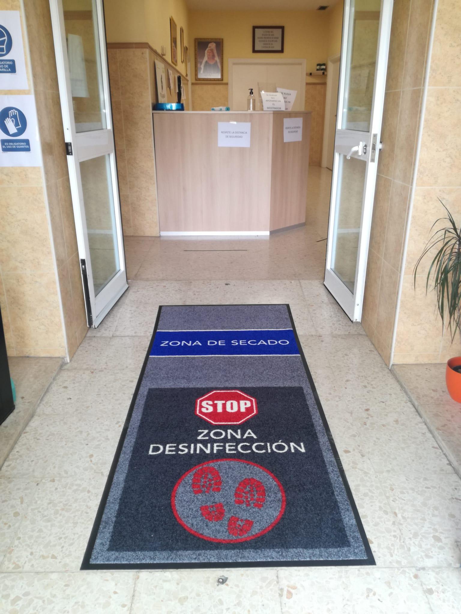 alfombra desinfectante.jpg